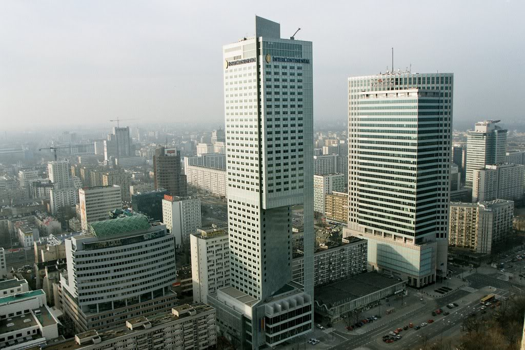 Skyscrapers-in-Warsaw-business-center